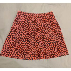 Size 4 Navy and Red Heart Pattern Skirt